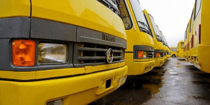 Zhytomyr and Sumy regions of Ukraine receive another 74 school buses